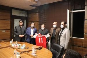 علی حدادی با اعضای تیم فوتسال مقاومت البرز دیدار کرد