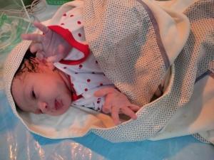 امدادرسانی هوایی به مادر باردار جوان در ارتفاعات البرز