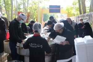 توزیع بیش از ۴ میلیون پرس غذای گرم و سبد کالا بین نیازمندان البرزی