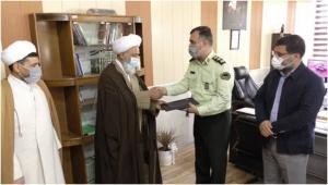 امام جمعه و شهردار کمالشهر هفته ناجا را تبریک گفتند